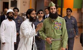 Der Diktator mit Sacha Baron Cohen und Jason Mantzoukas - Bild 3