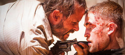 Guy Pearce und Robert Pattinson in The Rover