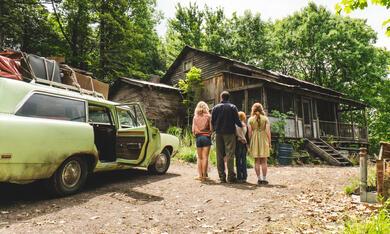 Schloss aus Glas mit Woody Harrelson, Naomi Watts, Sadie Sink und Charlie Shotwell - Bild 11