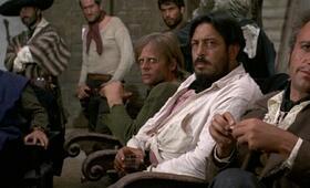 Für ein paar Dollar mehr mit Klaus Kinski, Luigi Pistilli, Werner Abrolat, Luis Rodríguez, Nazzareno Natale, José Canalejas und Mario Brega - Bild 2