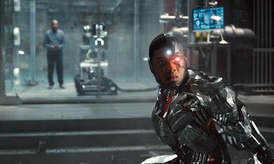 Zack Snyder's Justice League mit Ray Fisher - Bild 6