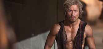 Todd Lasance in Spartacus: War of the Damned
