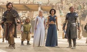 Game of Thrones - Staffel 5 mit Peter Dinklage, Emilia Clarke, Iain Glen, Nathalie Emmanuel und Michiel Huisman - Bild 41