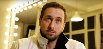 Bild zu:  Ludwig Lehner als Ryan Gosling in Circus HalliGalli