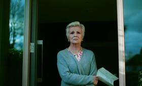 National Treasure, National Treasure Staffel 1 mit Julie Walters - Bild 13