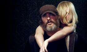 You Were Never Really Here mit Joaquin Phoenix und Ekaterina Samsonov - Bild 50