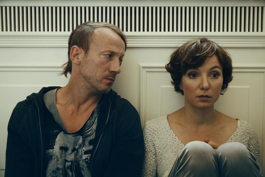 Happy Burnout mit Wotan Wilke Möhring und Julia Koschitz