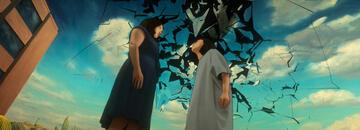 Wenn Alma die Konzentration verliert, bricht ihre Welt zusammen und die Zeitschleife beginnt erneut.