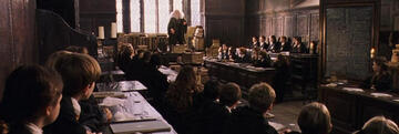 Harry Potters Unterricht in Hogwarts im Stein der Weisen