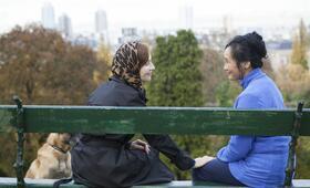 Eine Frau mit berauschenden Talenten mit Isabelle Huppert und Nadja Nguyen - Bild 5