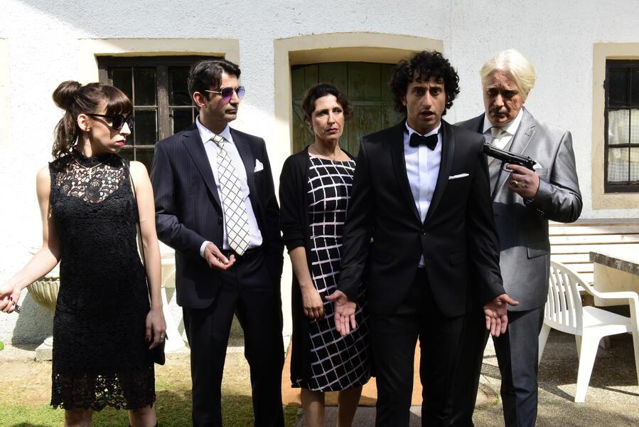 Maria Mafiosi mit Serkan Kaya, Carol Schuler, Antonella Attili, Tommaso Ragno und Salvatore Pascale