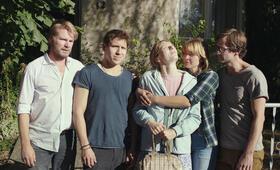 Idioten der Familie mit Hanno Koffler und Lilith Stangenberg - Bild 4