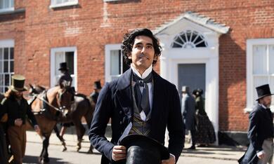 David Copperfield - Einmal Reichtum und zurück mit Dev Patel - Bild 1