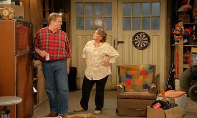 Roseanne Revival, Roseanne Revival - Staffel 1 mit John Goodman und Roseanne Barr - Bild 3