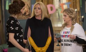 Unbreakable Kimmy Schmidt Staffel 3 mit Ellie Kemper, Jane Krakowski und Carol Kane - Bild 21