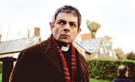 Mord im Pfarrhaus mit Rowan Atkinson - Bild 32