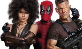 Deadpool 2 mit Josh Brolin und Zazie Beetz - Bild 15