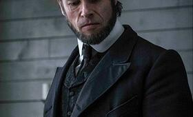 Brimstone mit Guy Pearce - Bild 3