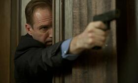James Bond 007 - Skyfall mit Ralph Fiennes - Bild 23