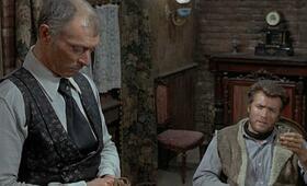Für ein paar Dollar mehr mit Clint Eastwood und Lee Van Cleef - Bild 17