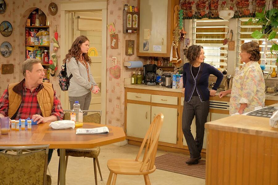 Roseanne Revival, Roseanne Revival - Staffel 1 mit John Goodman, Sara Gilbert, Roseanne Barr und Emma Kenney