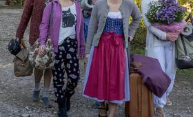 Wenn Frauen ausziehen mit Anna Maria Mühe, Michelle Barthel, Saskia Vester, Sophie von Kessel und Marlene Morreis - Bild 3