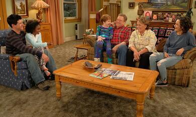 Roseanne Revival, Roseanne Revival - Staffel 1 mit John Goodman, Sara Gilbert, Roseanne Barr und Michael Fishman - Bild 12