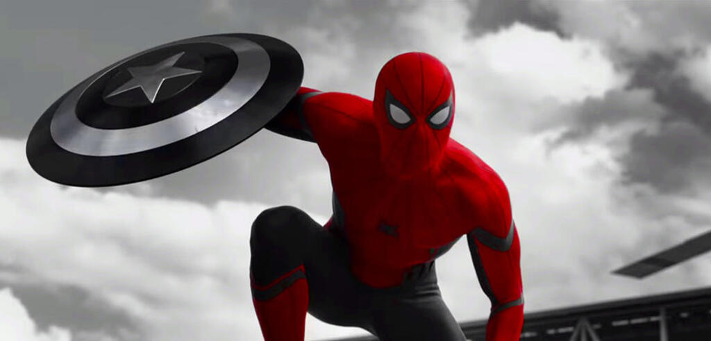Spider-Man mit Captain Americas Schild