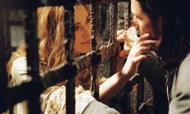 Pirates of the Caribbean - Fluch der Karibik 2 mit Keira Knightley und Orlando Bloom - Bild 2