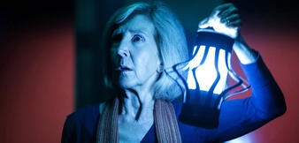 Lin Shaye als Elise in Insidious 3
