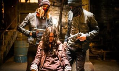 Demon Girl - Das Böse lebt in ihr mit Sharni Vinson, Steven John Ward und Carlyn Burchell - Bild 1