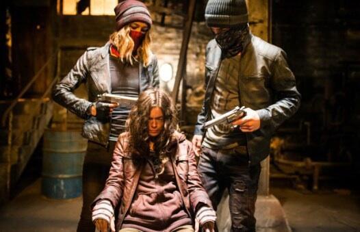 Demon Girl - Das Böse lebt in ihr mit Sharni Vinson, Steven John Ward und Carlyn Burchell