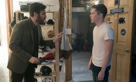 Rise, Rise - Staffel 1 mit Josh Radnor - Bild 5