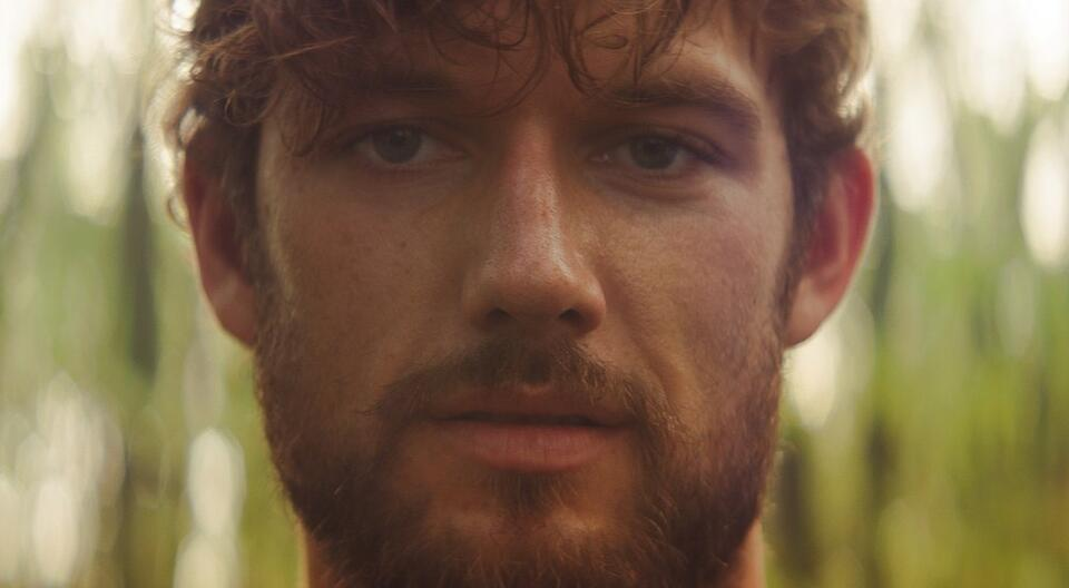 The Strange Ones mit Alex Pettyfer