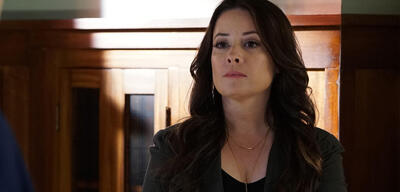 Holly Marie Combs in Charmed