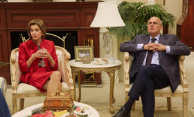 Jeffrey Tambor in Arrested Development - Bild 40