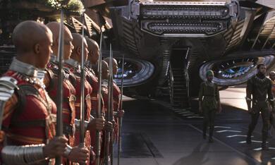 Black Panther mit Danai Gurira, Lupita Nyong'o und Chadwick Boseman - Bild 6