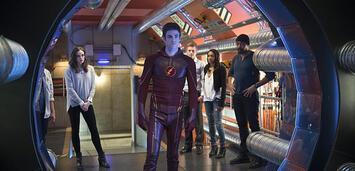 Bild zu:  Schnell genug? Barry und Team Flash