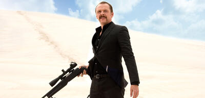 Simon Pegg in Kill Me Three Times