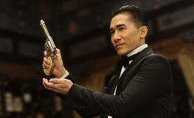 The Great Magician mit Tony Leung Chiu Wai - Bild 2