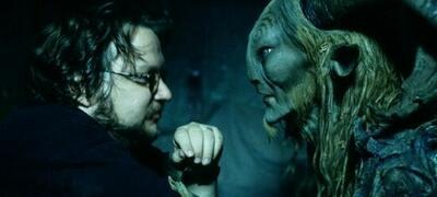 Guillermo Del Toro am Set von Pans Labyrinth