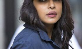 Staffel 1 mit Priyanka Chopra - Bild 15