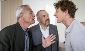 Tatort: Kaputt mit Dietmar Bär, Klaus J. Behrendt und Ronny Miersch - Bild 17