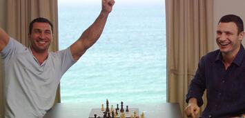 Bild zu:  Feiert mit den Klitschko-Brüdern auf der Filmpremiere