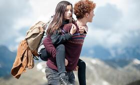 Amelie rennt mit Mia Kasalo und Samuel Girardi - Bild 1