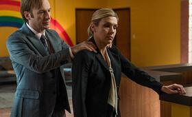 Better Call Saul Staffel 3 mit Bob Odenkirk und Rhea Seehorn - Bild 6