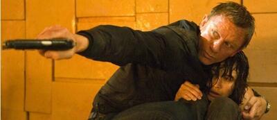 Daniel Craig und Olga Kurylenko in James Bond 007: Ein Quantum Trost
