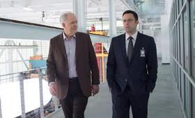 The Accountant mit Ben Affleck und John Lithgow - Bild 1
