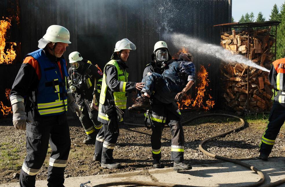 Marie Fängt Feuer Allein War Gestern