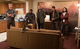 Predator mit Thomas Jane, Boyd Holbrook, Keegan-Michael Key, Trevante Rhodes und Augusto Aguilera - Bild 1